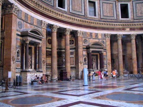 Interieur du Pantheon Rome