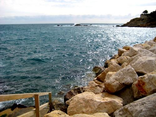 Le bord de la mer méditéranée