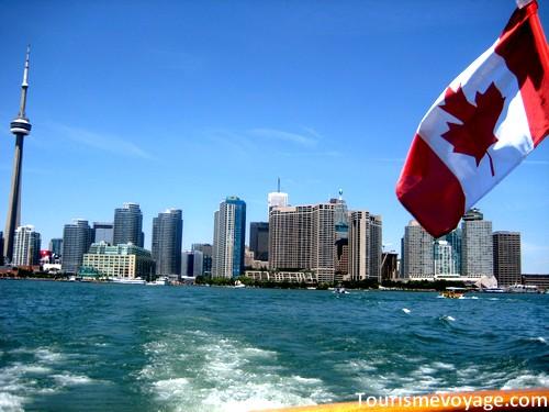 http://www.tourismevoyage.com/wp-content/uploads/2009/04/toronto-canada.jpg