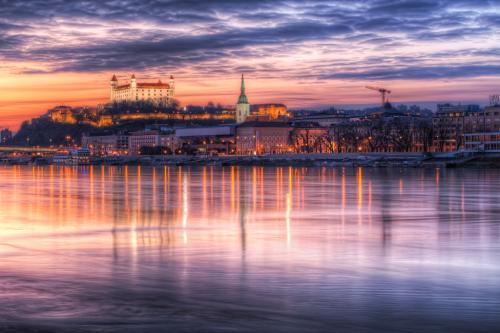 Bratislava la nuit